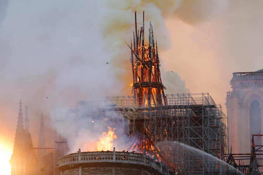 FRANCE-FIRE-NOTRE DAME