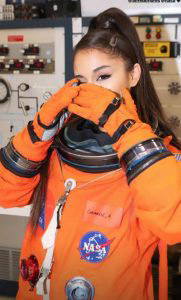 Ariana-Grande_08