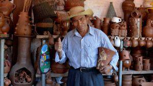 Familia García, 35 años de mantener la tradición de las artesanías en Santo Domingo de Guzmán