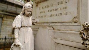 Estatuas antiguas que fueron destruidas en cementerio de San Miguel no serán restauradas por falta de fondos dice Alcaldía