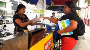 Saraí, un ejemplo de superación entre la venta de papas fritas y las leyes