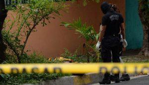 Hombre fue vapuleado y luego abandonaron su cadáver semidesnudo en San Salvador