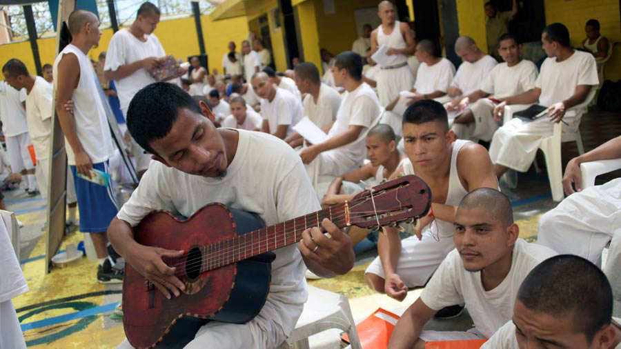 EL SALVADOR-PRISON-GANGS-EDUCATION