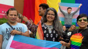 MUNA coloca bandera arcoirís en sus instalaciones y genera controversia en redes sociales