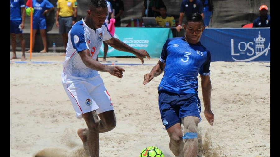 CONCACAF Campeonato de futbol playa 2019 - Terminamos en Tercer Lugar. Panam%C3%A1-El-Salvador-Fepafut-Futbol-Playa