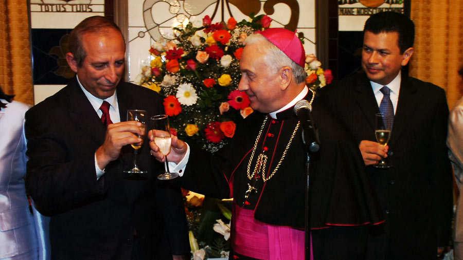 Brindis Nuncio por Benedicto