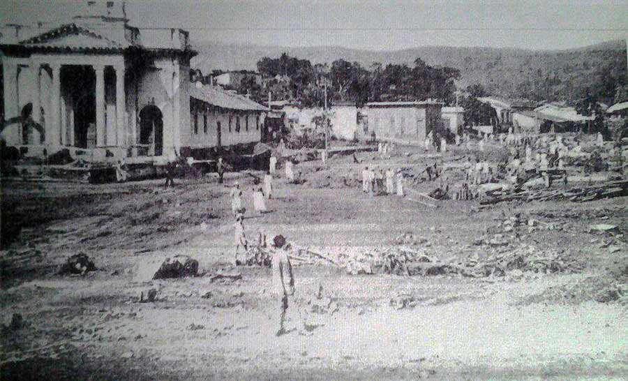 se desbordó, anegó y destruyó grandes sectores de los barrios de Candelaria,