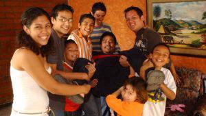 Alfredo José y su colección de 18 hijos