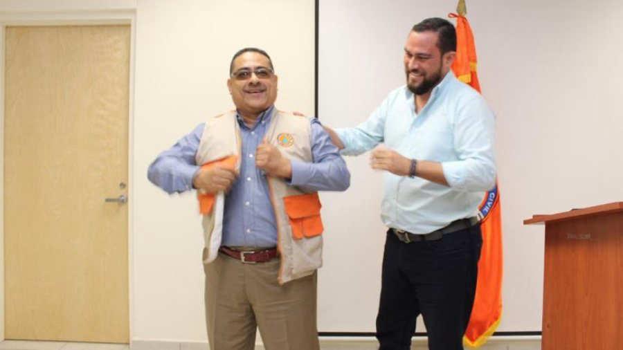 Orlando Tejada renuncia como Director de Protección Civil - elsalvador.com
