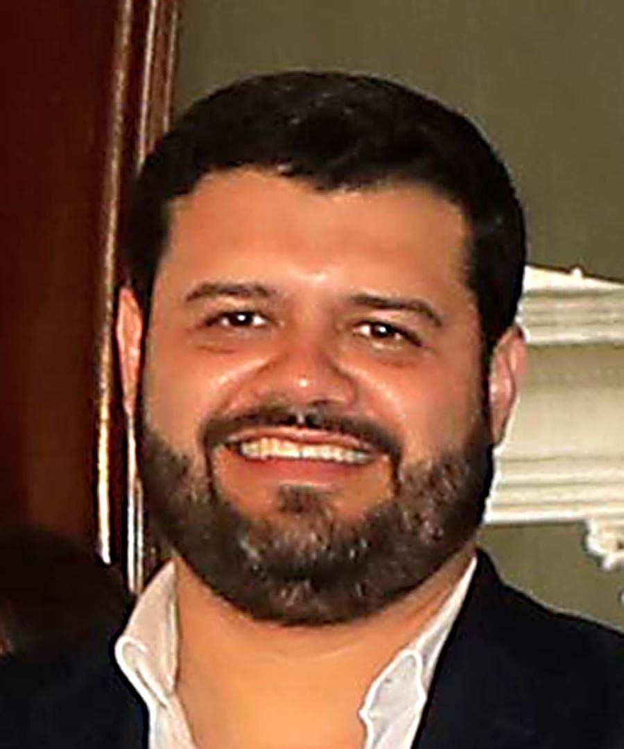 Rogerlio-Eduardo-Rivas