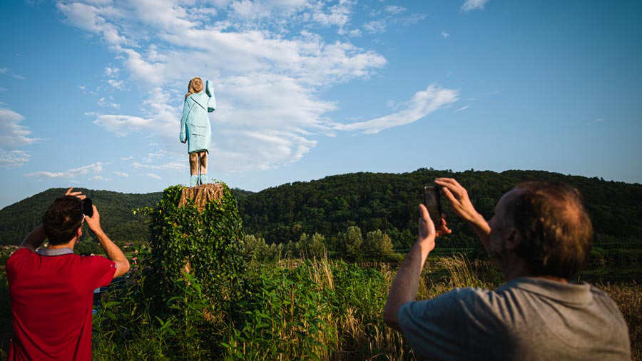 SLOVENIA-US-TRUMP-SCULPTURE-OFFBEAT