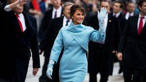 Estos son los 10 looks más icónicos de Melania Trump durante su estadía en la Casa Blanca