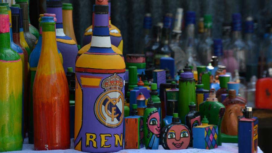 Pintor-de-botellas-Ahuachapán-01