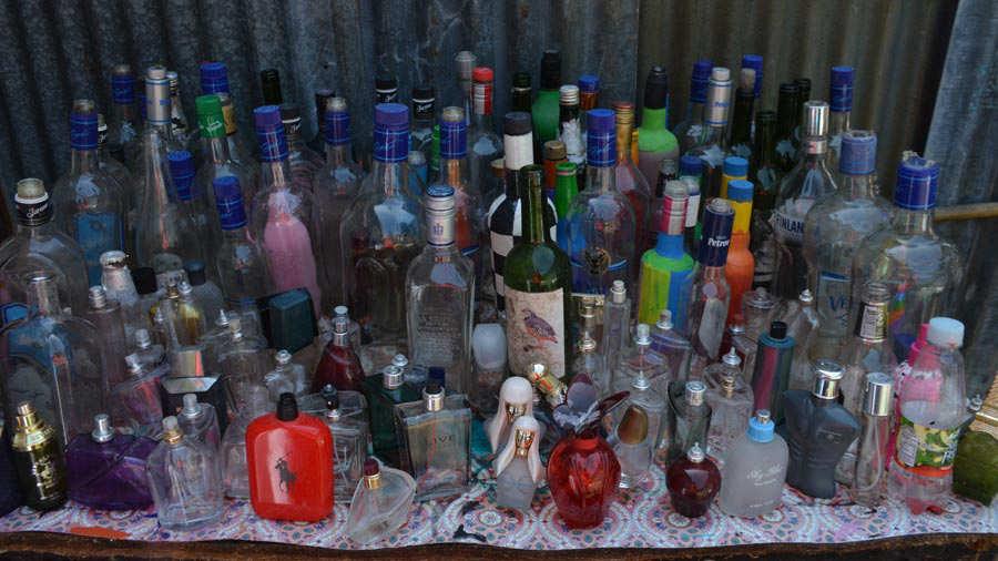Pintor-de-botellas-Ahuachapán-02