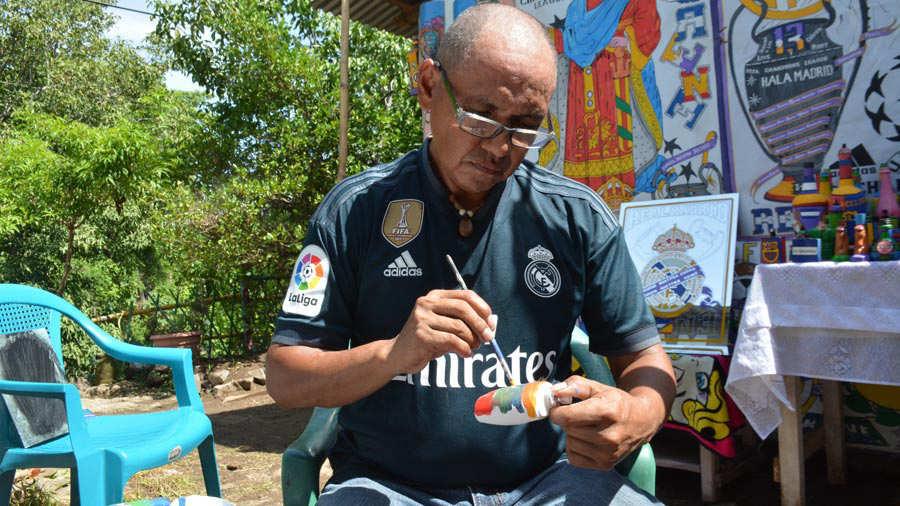 Pintor-de-botellas-Ahuachapán-07
