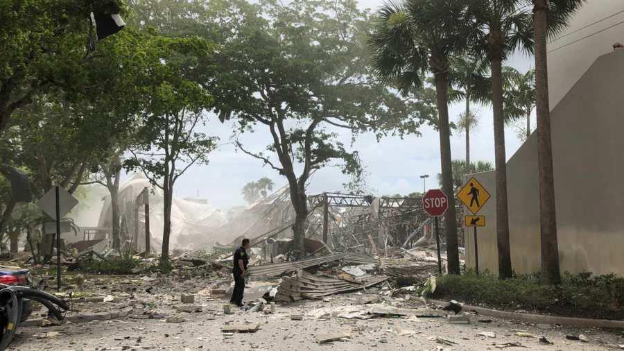 Resultado de imagen para Varios heridos por una explosión de gas en un centro comercial de Florida