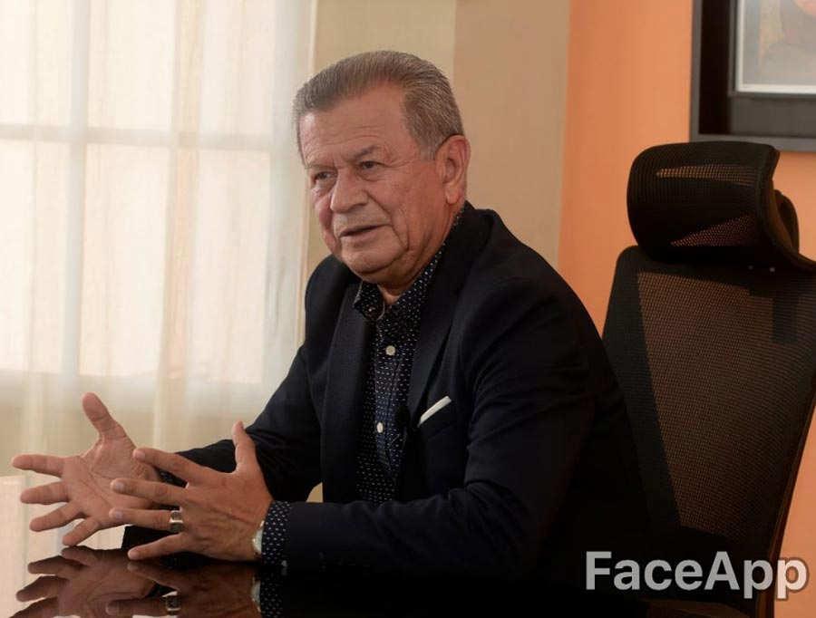 funcionarios-viejitos-4