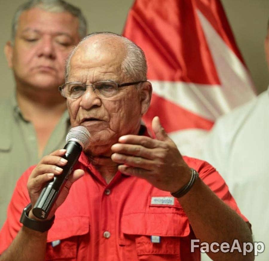funcionarios-viejitos-9