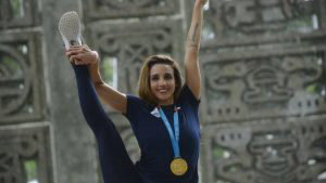 Un festejo en Comalapa: Así fue recibida Paulina Zamora, medalla de oro en Lima 2019
