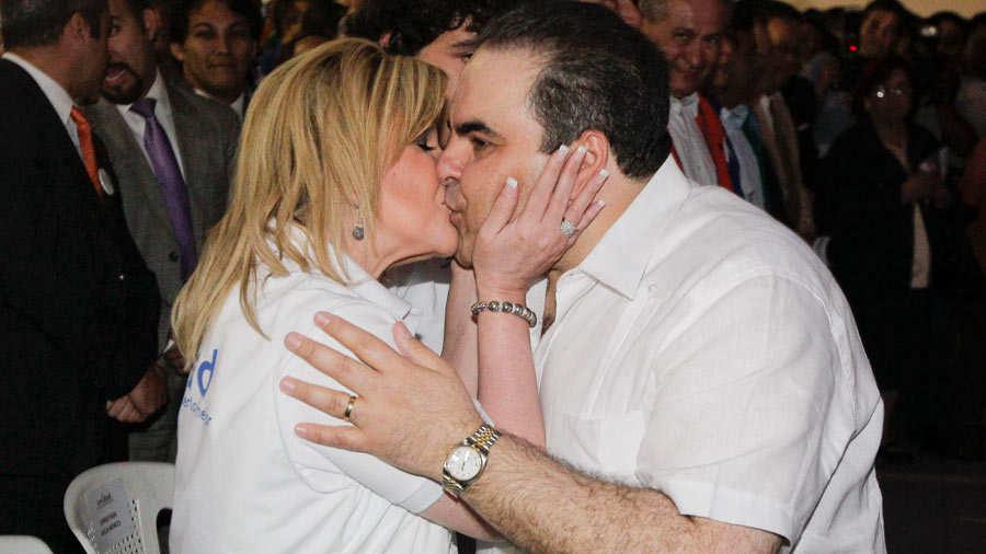 Envían a juicio a Ana Ligia de Saca por lavado de dinero