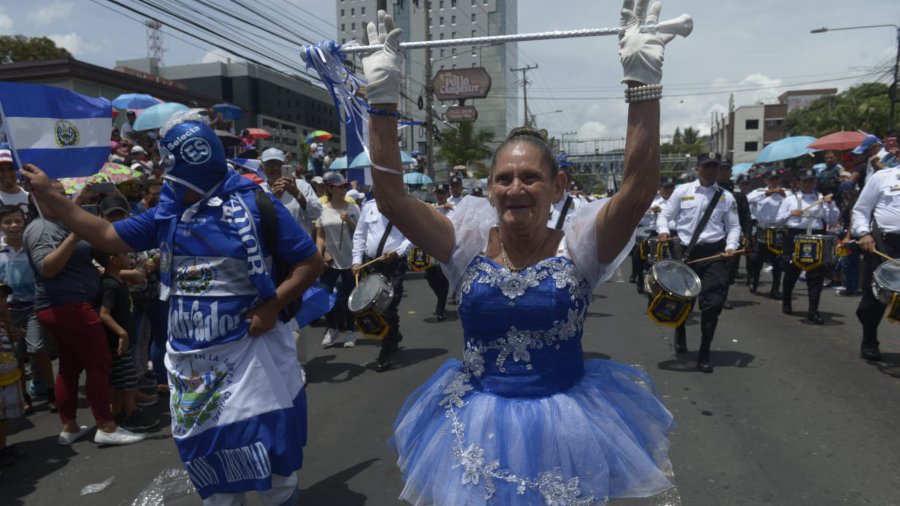 Desfiles patrios