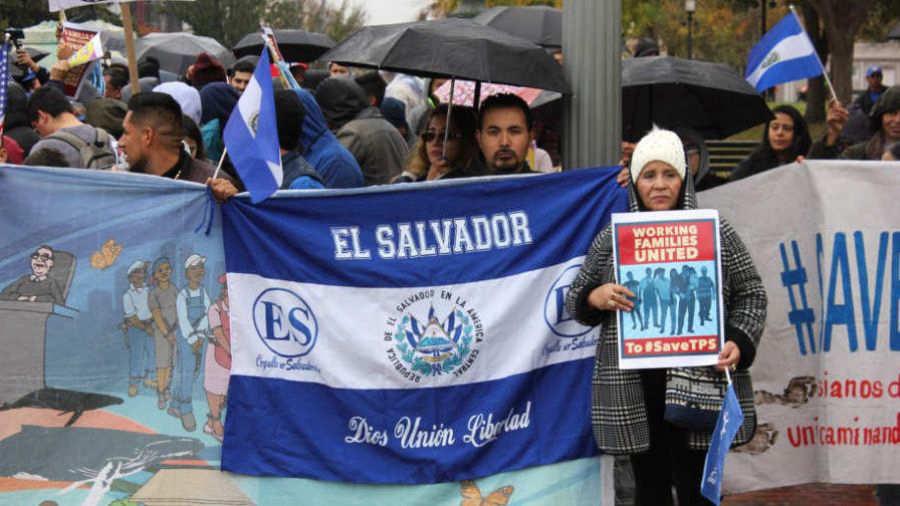 Bukele anuncia extensión por un año más del TPS para salvadoreños