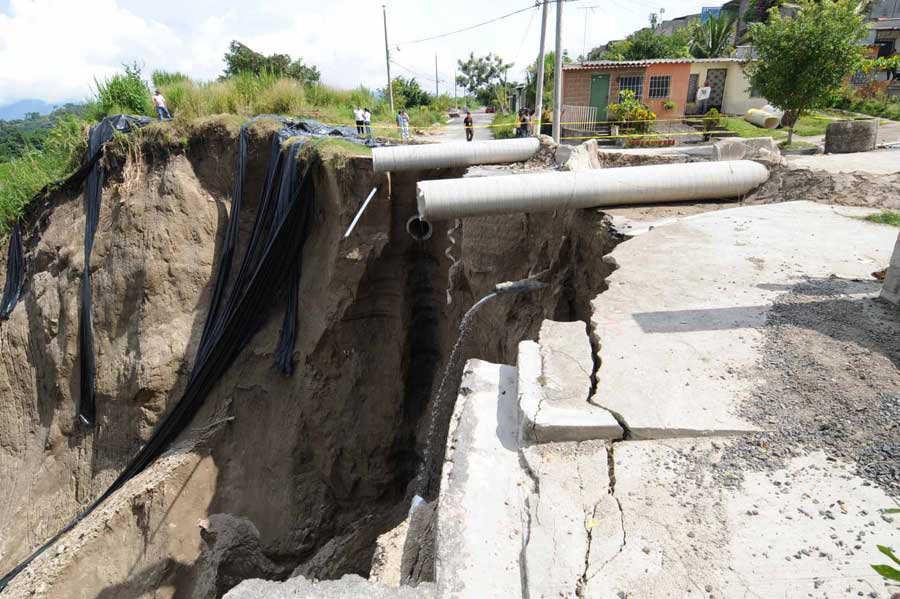 Derrumbe Carcava Hoyo Santa Lucia