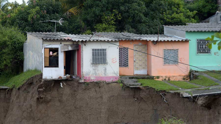 Residencial Santa LucÌa, Ilopango, carcava