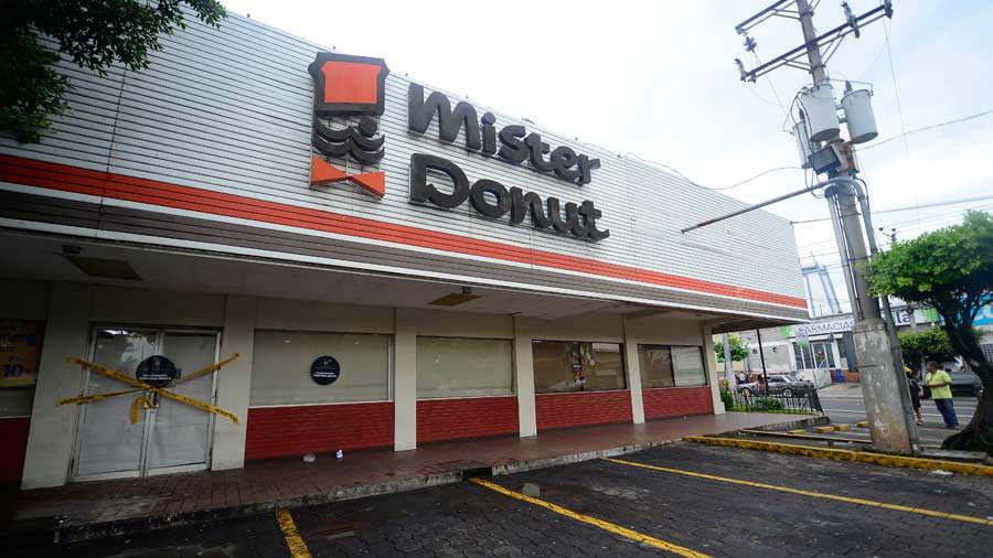 Clausura-de-establecimientos-Mister-Donuts-012