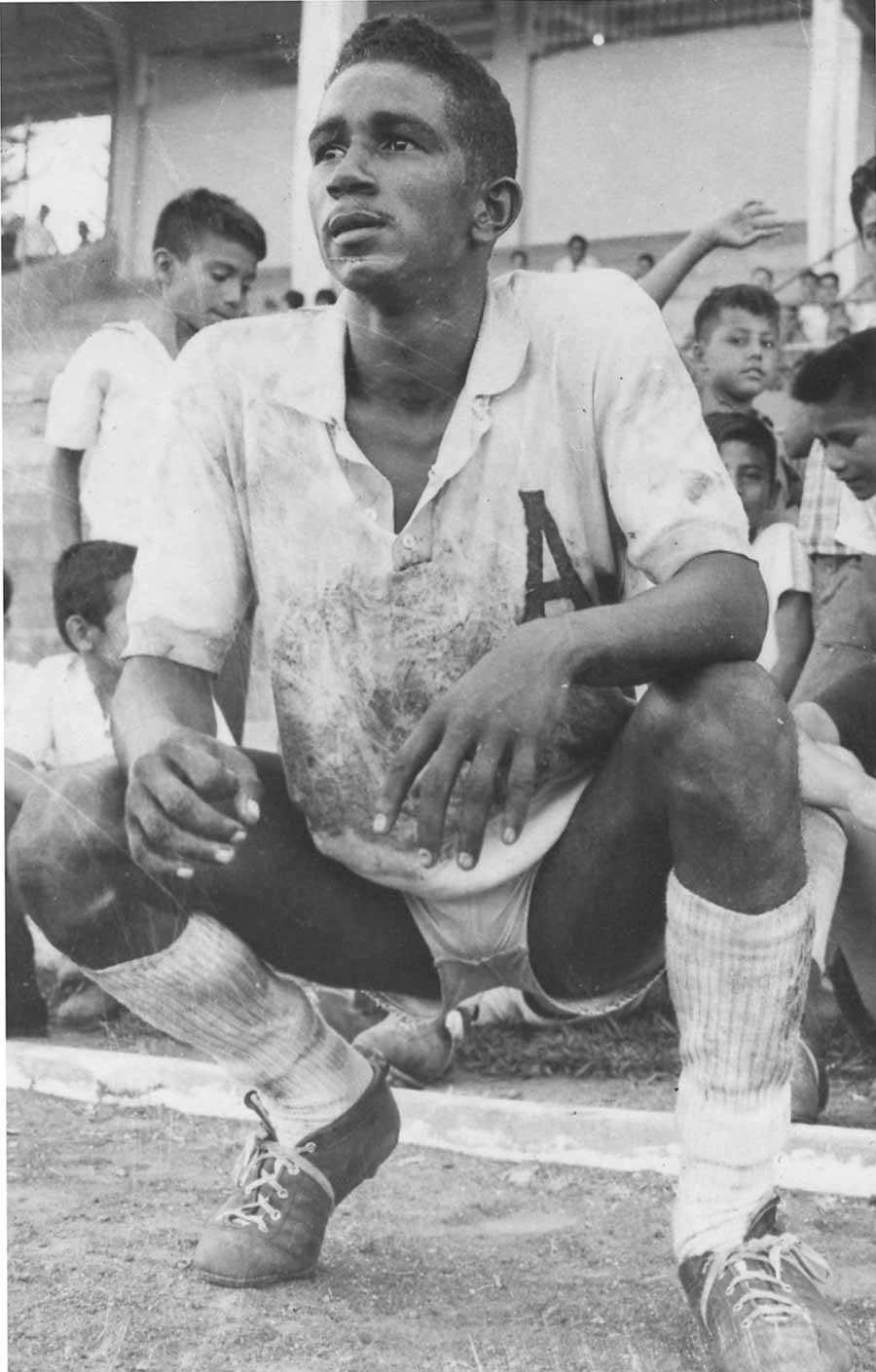 Luis-Ernesto-Tapía