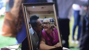 Imágenes de la emotiva despedida a víctimas de accidente aéreo en El Boquerón