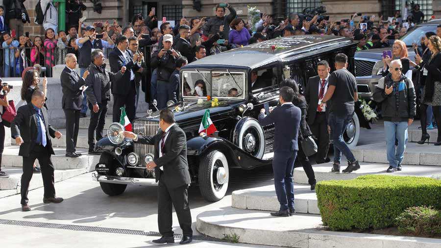 Comienza en Palacio de Bellas Artes esperado homenaje a JosÈ JosÈ en MÈxico