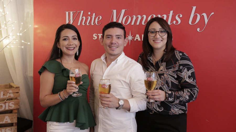 Karen Ramírez, Mario Banegas y Daniela Moreno. Foto EDH/Roberto Molina