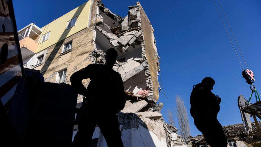 Asciende a 40 el número de fallecidos por terremoto en Albania
