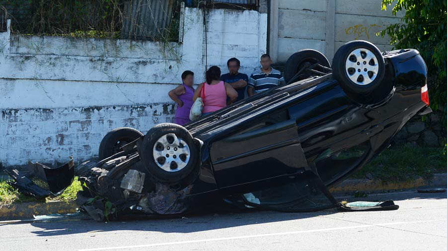 Accidente-Calle-Volcán-01-JR-