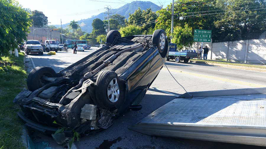 Accidente-Calle-Volcán-14-JR-