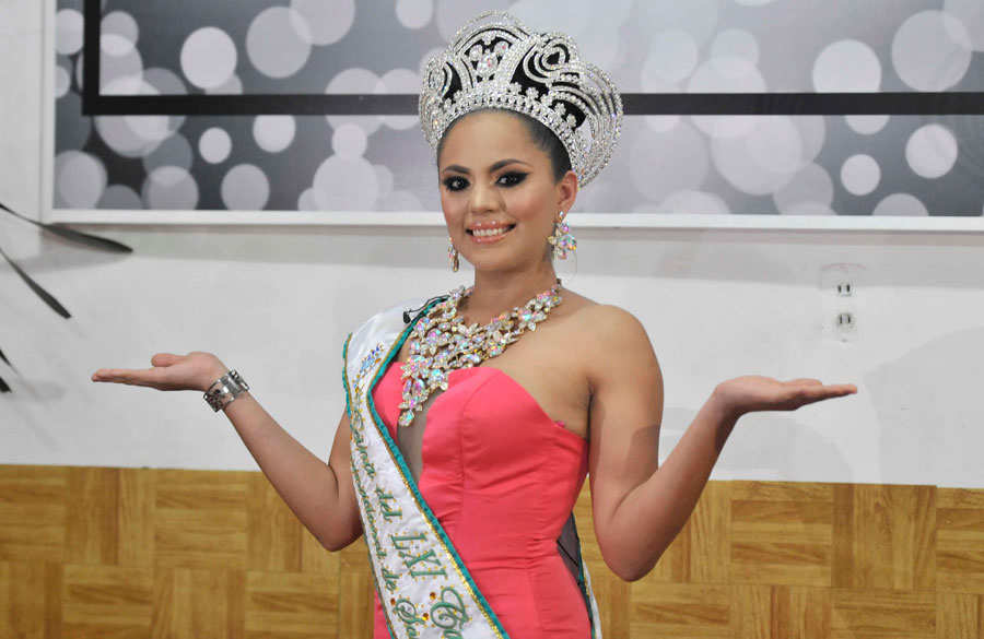 Audrey-Granera-Reina-Carnaval-San-Miguel01