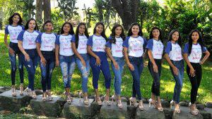 Simpatía y belleza en las candidatas a reina de San Luis Talpa