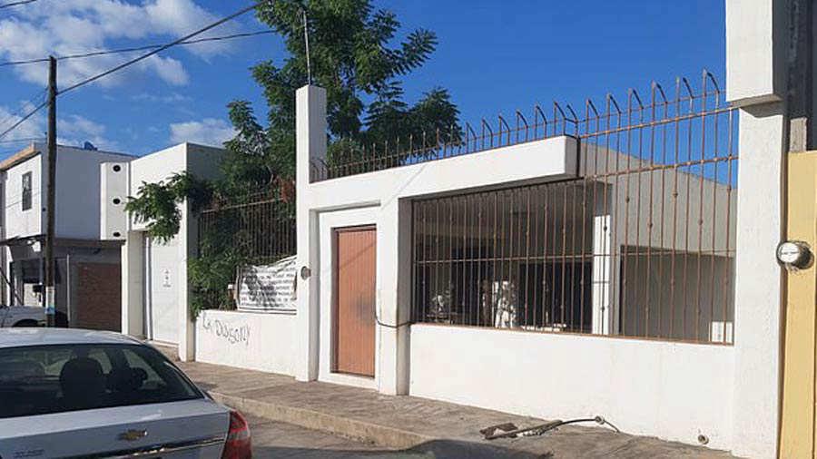 Casas-Chapo_02