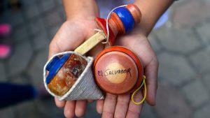 Niños y jóvenes de Ilopango mostraron sus habilidades para los juegos tradicionales