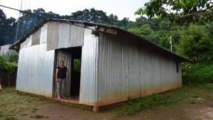 La escuela sin nombre en Ahuachapan donde 32 niños sueñan con superarse