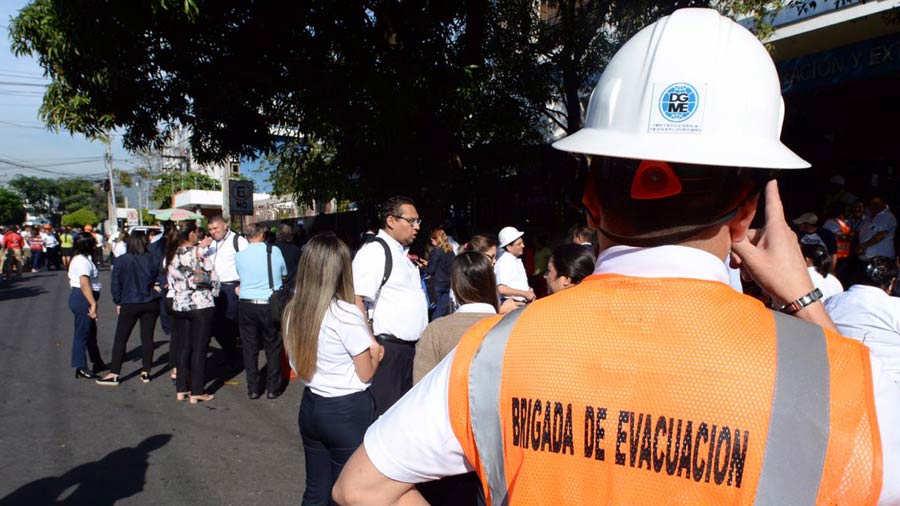 Evacuacion-sismo_07