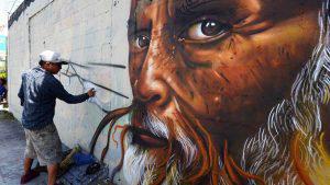 Los grafiteros que le dieron vida al bulevar Constitución