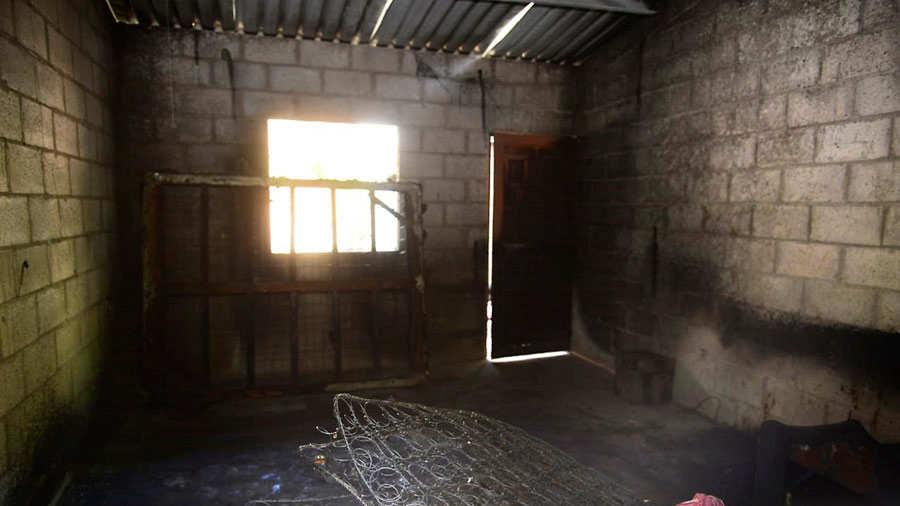 Madre de bebé que murió en incendio de casa en Lourdes, Colón, seguirá en prisión - elsalvador.com