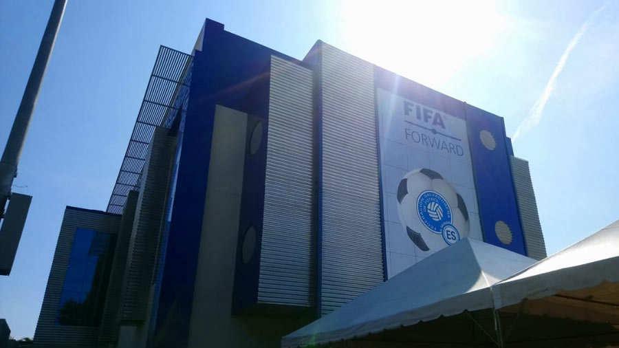 XVIII Congreso Ordinario de UNCAF y visita del presidente de FIFA Gianni Infantino a El Salvador. Villa-FESFUT