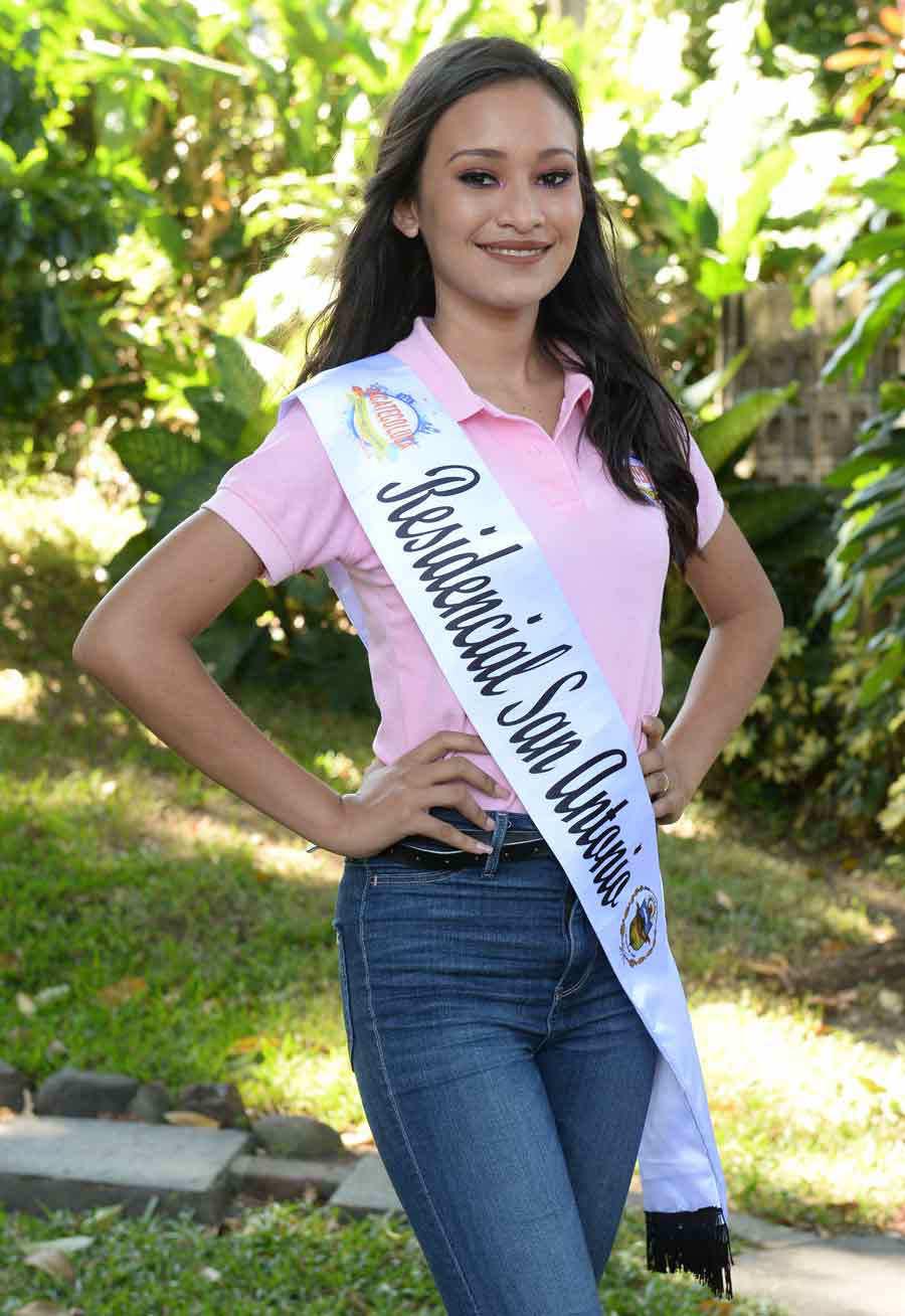 Candidatas-Zacatecoluca051