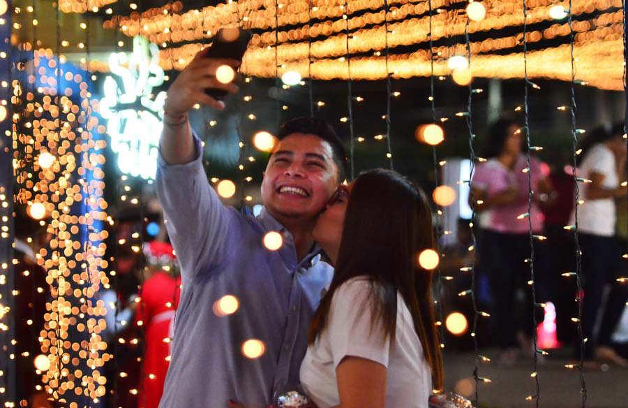 YH Luces navides–as de Davivienda