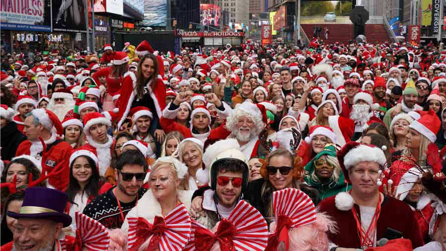 Annual SantaCon Bar Crawl