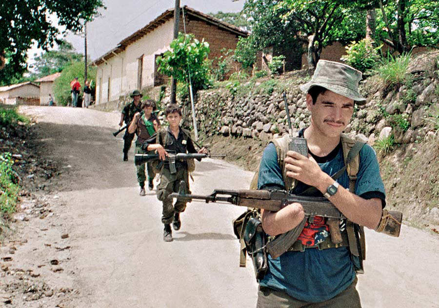 Conflicto-armado-ESA-Francisco-Campos-01