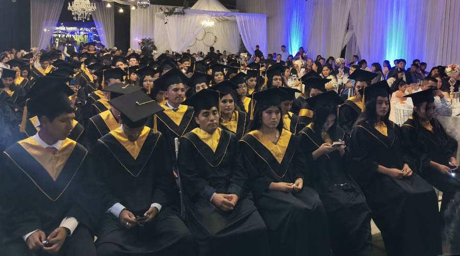 Graduacion anciano_05